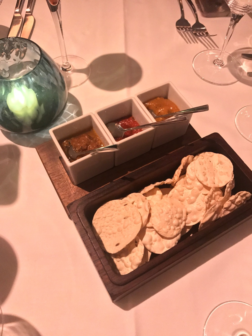 Poppadom Basket & Chutneys